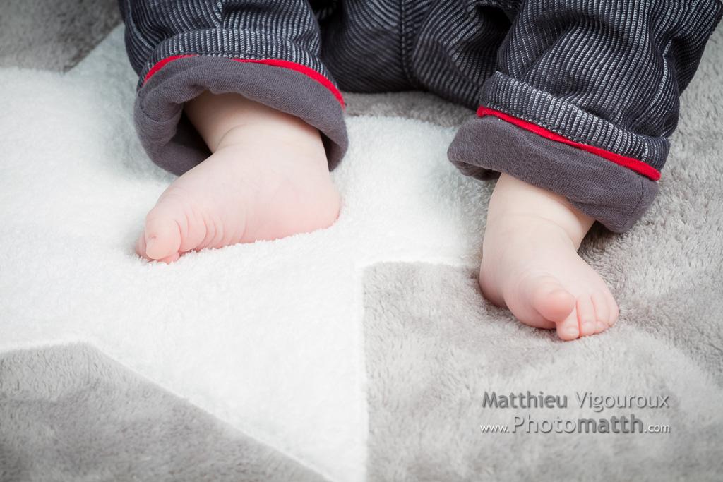 Séance Bébé à Pocé-les-Bois, par Matthieu Vigouroux, photographe à Vitré