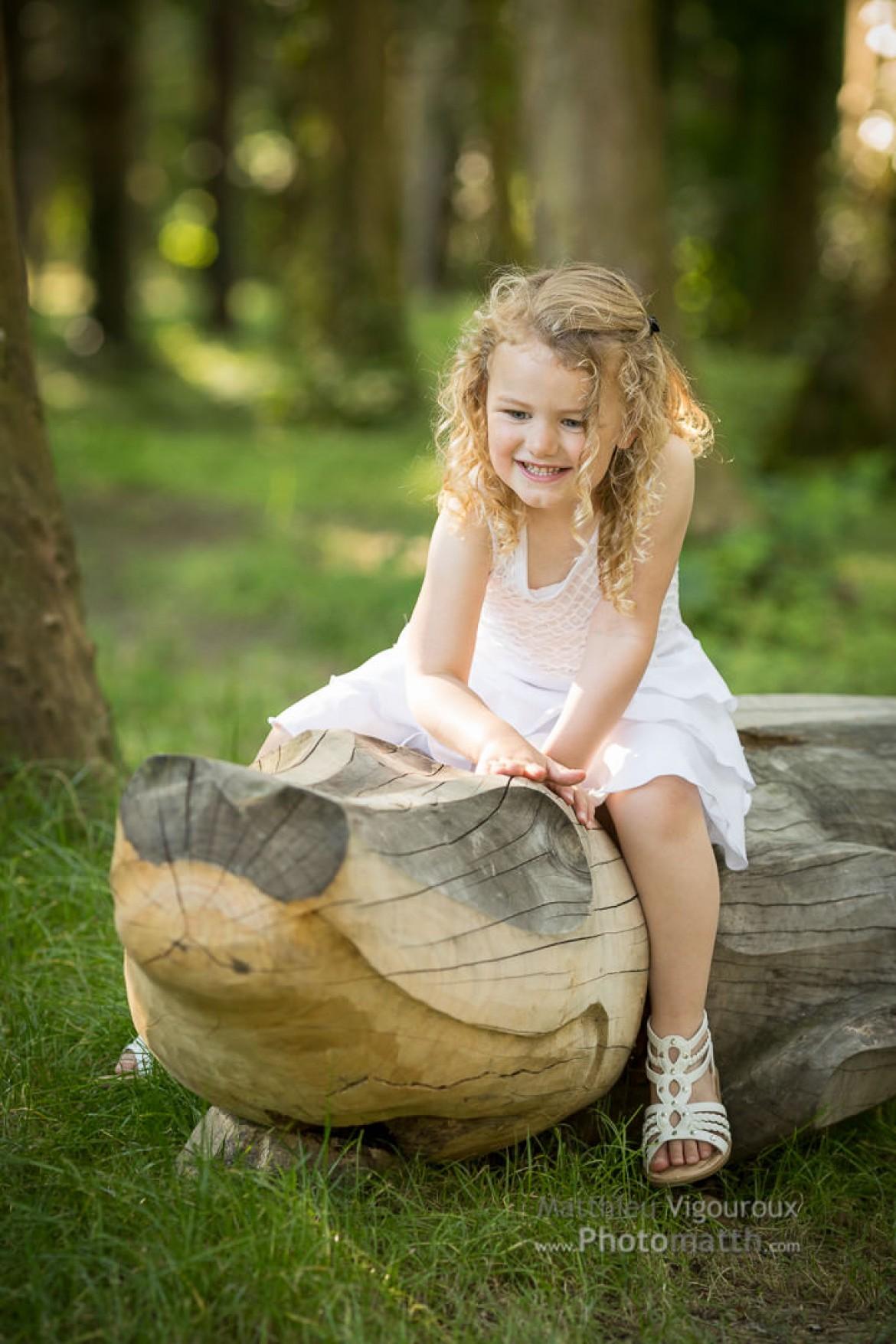 la petite fille et le crocodile
