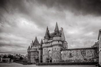 Perso | Château des Barons de Vitré | Noir & Blanc