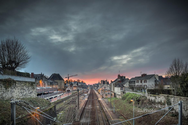 Perso | Vitré | Coucher de soleil sur la gare SNCF